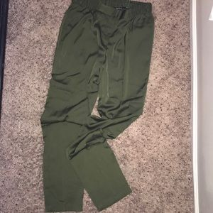 Gorgeous Olive Green Worthington Pants!